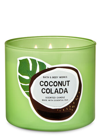 COCONUT COLADA SCENTED CANDLE