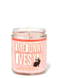 strawberry pound cake scented candle