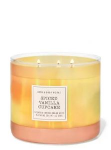 spiced vanilla cupcake scented candle